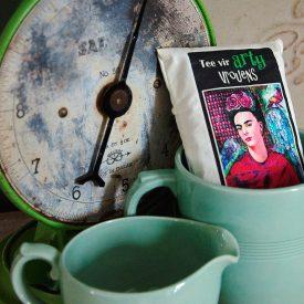 Arty vrouens tee